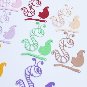 Dekoratiivkomplekt/kaunistused. Motiivid paberist Caterpillar 14tk.
