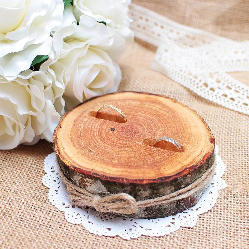 Sõrmuste alus puidust 09
